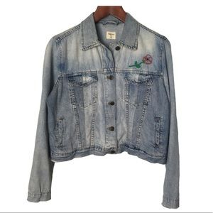 GAP Light Wash Denim Jacket w Embroidery XL